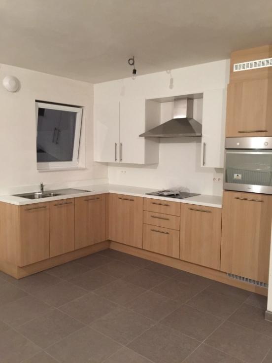 Appartement de 2façades à louerà Deurne auprix de 750€ - (6580296)