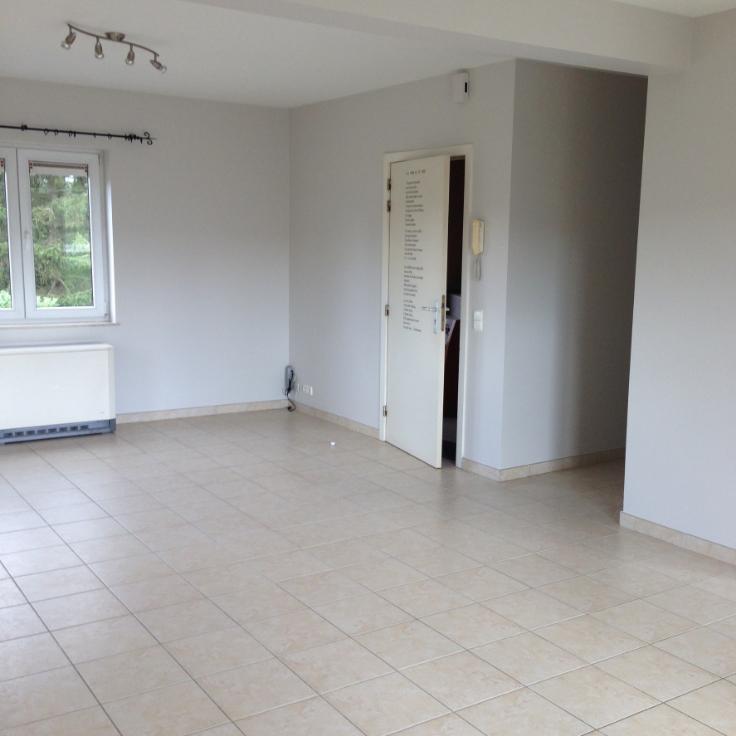 Appartement de 4façades à louerà Mont-St-Guibert auprix de 950€ - (6580376)