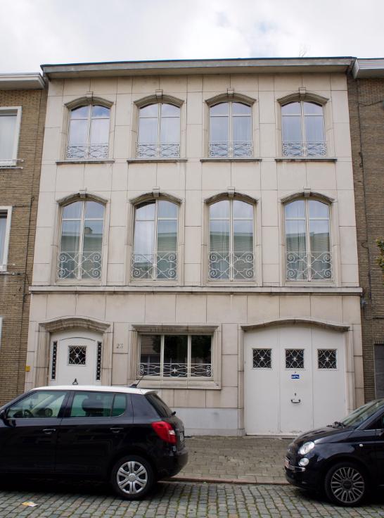 Rez-de-chaussée de 2façades à louerà Anvers 2au prix de800 € -(6581421)
