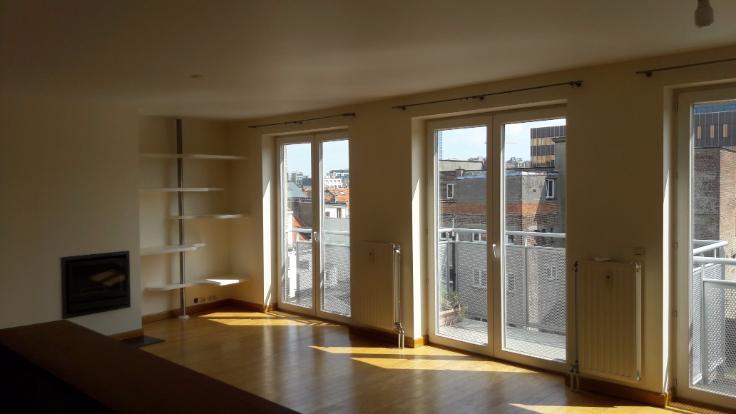 Penthouse van 2gevels te huurte Ixelles voor1.500 € -(6581448)