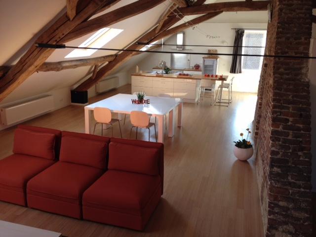 Appartement de 4façades à louerà Perwez auprix de 910€ - (6583231)