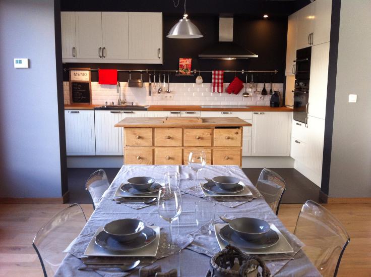 Appartement de 2façades à louerà Nivelles auprix de 1.350€ - (6583400)