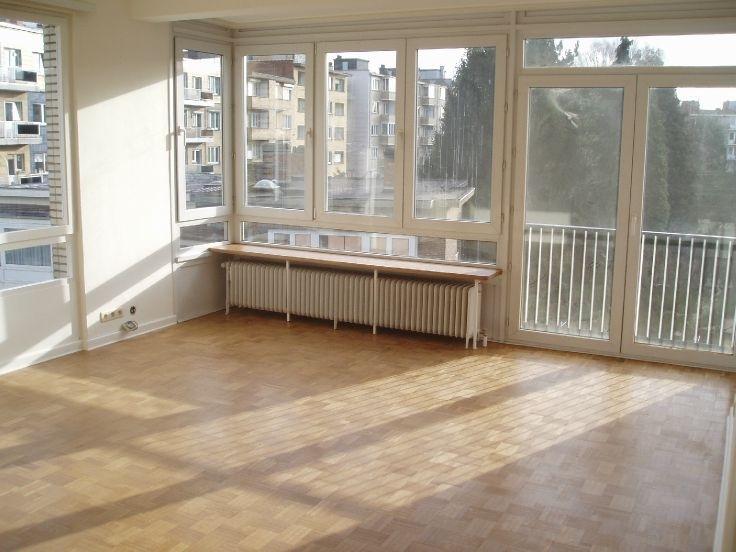 Appartement de 2façades à louerà Auderghem auprix de 710€ - (6584689)