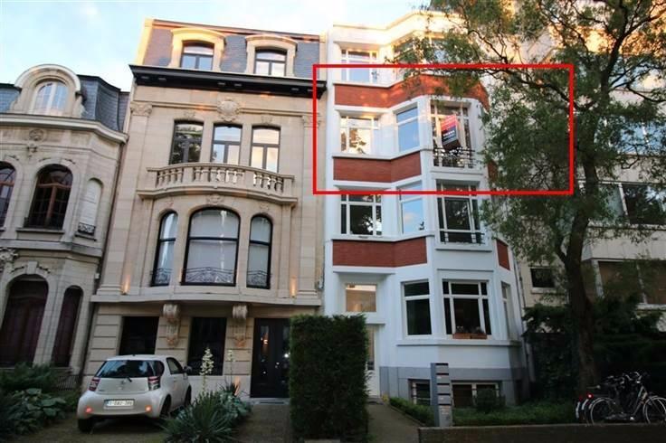 Appartement de 2façades à louerà Berchem auprix de 750€ - (6584964)