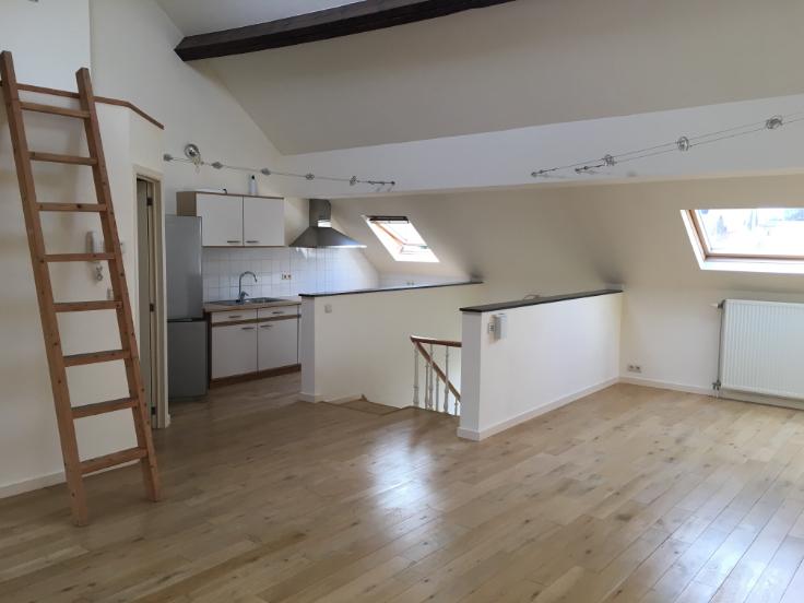 Appartement van 2gevels te huurte Woluwe-St-Lambert voor760 € -(6586166)