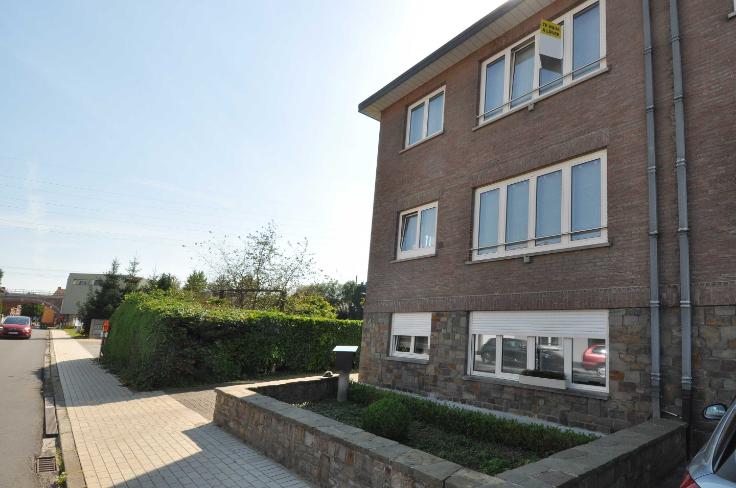 Appartement de 3façades à louerà Huizingen auprix de 800€ - (6587846)