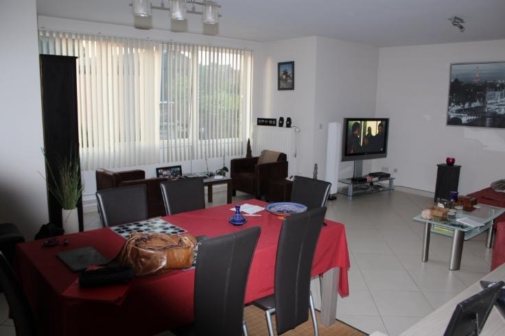 Appartement van 2gevels te huurte Nimy voor650 € -(6588955)