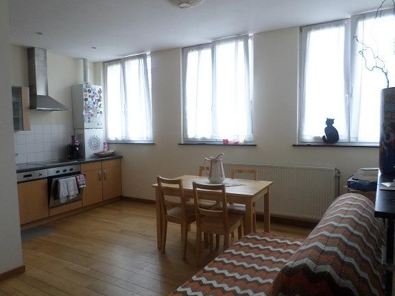 Appartement te huurte Etterbeek voor800 € -(6589894)