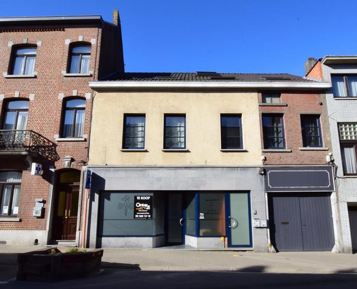 Appartement van 2gevels te koopte Halle voor179.000 € -(6591684)
