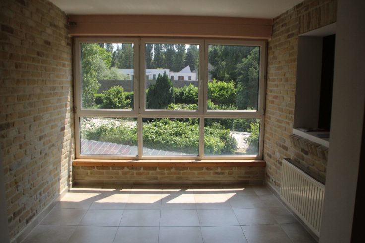 Appartement de 2façades à louerà Woluwe-St-Lambert auprix de 930€ - (6591898)