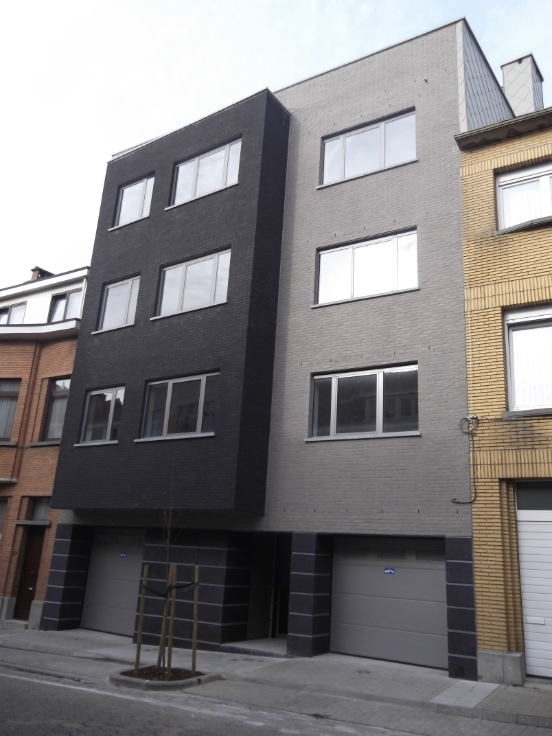 Appartement van 2gevels te huurte Evere voor895 € -(6594216)