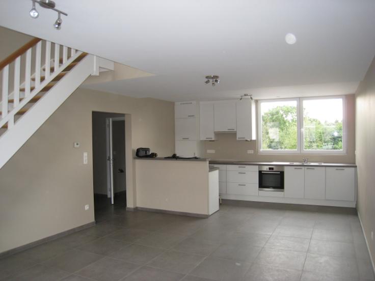 Appartement van 2gevels te huurte Fayt-lez-manage voor790 € -(6594269)