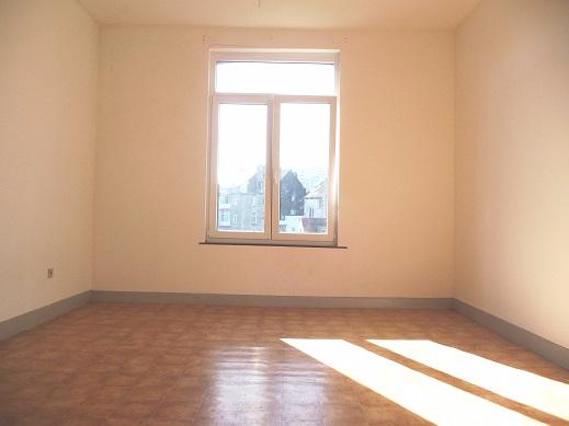 Appartement de 2façades à louerà Anderlecht auprix de 595€ - (6594672)