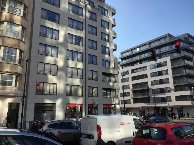 Emplacement intérieur àvendre à Brusselau prix de23.000 € -(6600494)