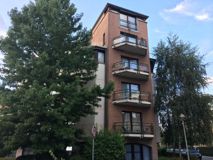 Appartement van 2gevels te huurte Schaerbeek voor920 € -(6604959)