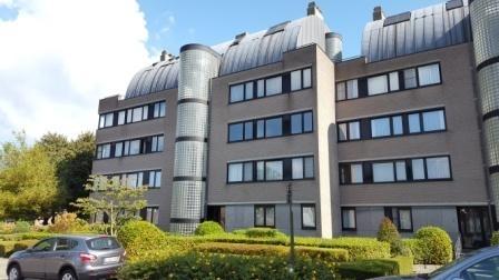 Appartement de 2façades à louerà Mortsel auprix de 850€ - (6607134)