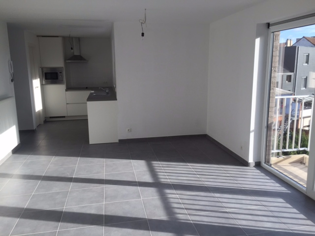Duplex à louerà Zwijnaarde auprix de 845€ - (6617540)