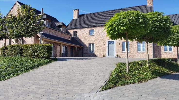 Appartement de 3façades à louerà Mont-St-Guibert auprix de 1.500€ - (6619063)