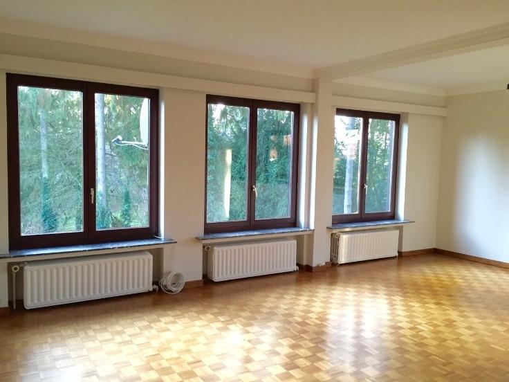 Appartement de 3façades à louerà Woluwe-St-Pierre auprix de 950€ - (6619290)
