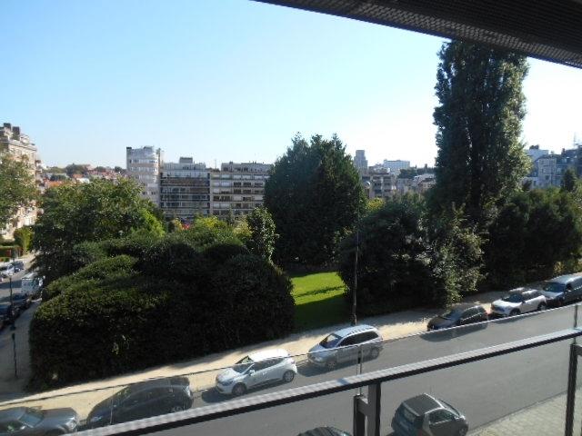 Appartement te huurte Ixelles voor1.600 € -(6623554)