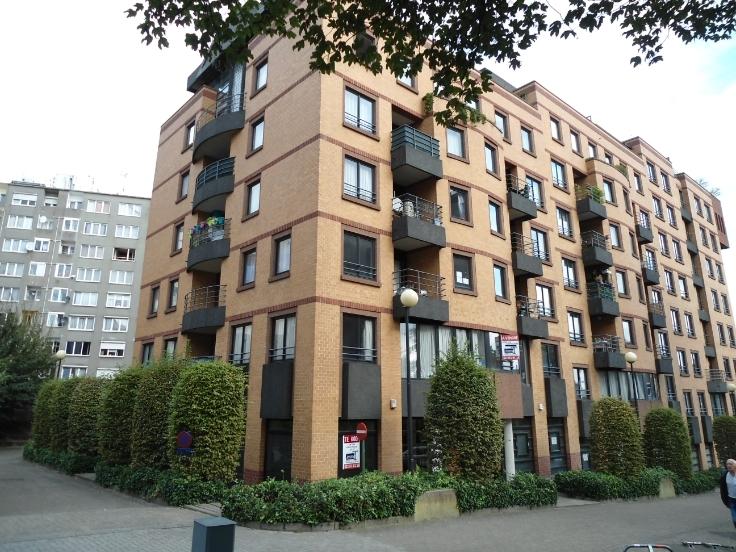 Appartement van 4gevels te huurte Berchem-Ste-Agathe voor975 € -(6623582)