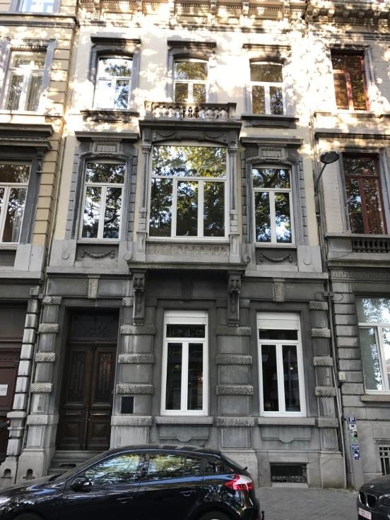 Appartement de 2façades à louerà Liège auprix de 625€ - (6623625)