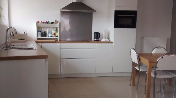 Appartement de 3façades à louerà Oosteeklo auprix de 650€ - (6624982)