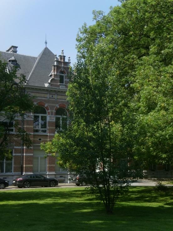 Appartement van 3gevels te huurte St-Gilles voor1.300 € -(6627036)