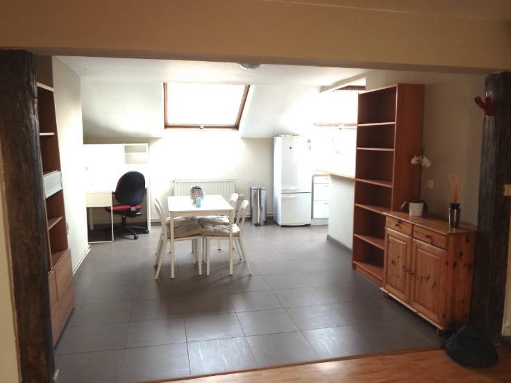 Duplex van 2gevels te huurte Ixelles voor750 € -(6627044)