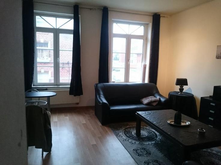 Appartement de 2façades à louerà Namur auprix de 485€ - (6629634)