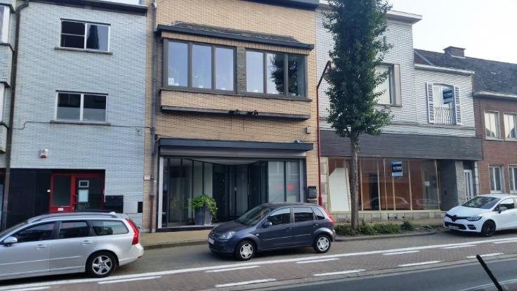 Appartement de 2façades à louerà Haaltert auprix de 700€ - (6629888)