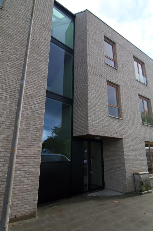 Appartement de 2façades à louerà Assebroek auprix de 800€ - (6630289)