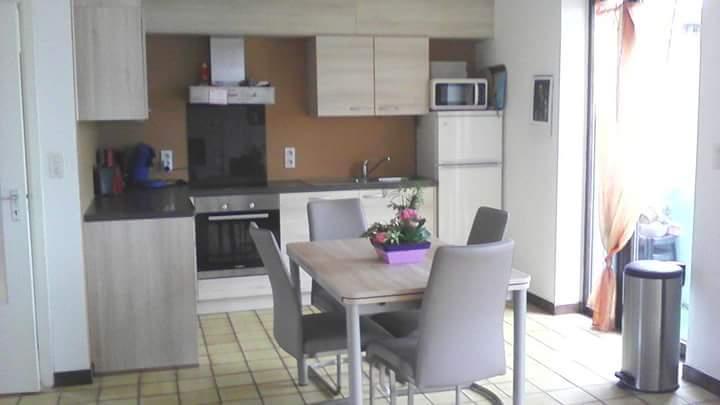 Appartement van 2gevels te huurte Jambes voor555 € -(6631892)