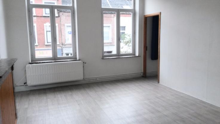 Appartement de 2façades à louerà Namur auprix de 490€ - (6634029)