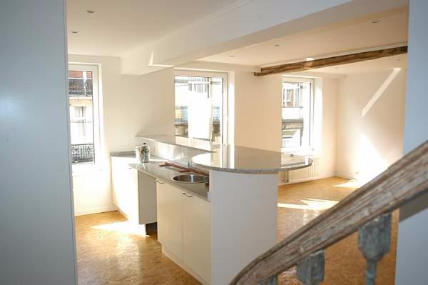 Duplex de 2façades à louerà Uccle auprix de 990€ - (6635823)