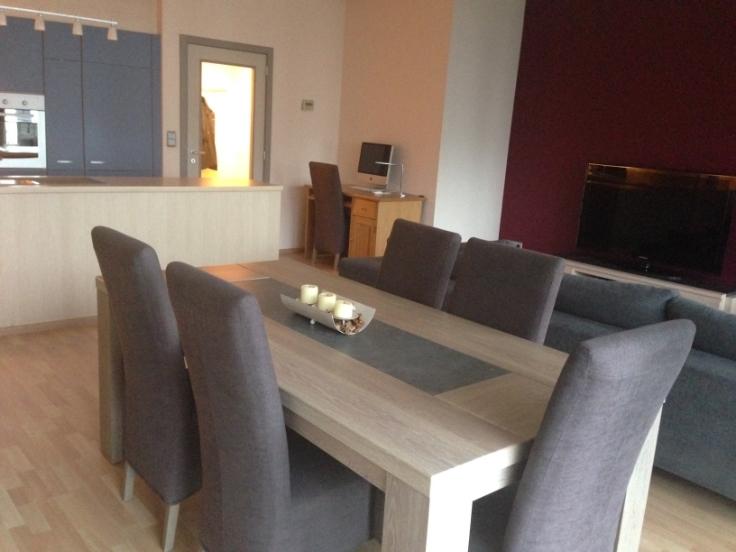 Appartement de 2façades à louerà Anvers auprix de 1.200€ - (6636957)