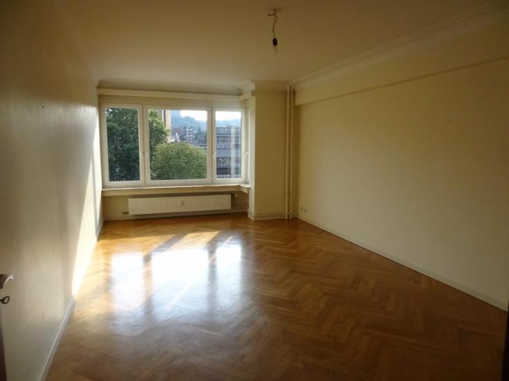Appartement de 2façades à louerà Liège auprix de 520€ - (6637203)