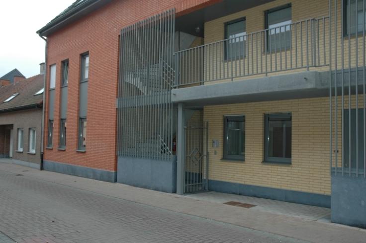 Rez-de-chaussée van 2gevels te huurte Lendelede voor614 € -(6637569)