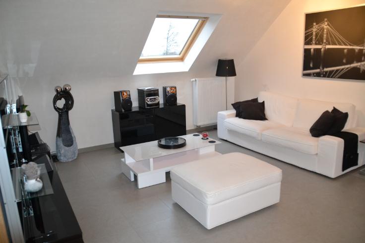 Appartement de 3façades à louerà Fosses-la-Ville auprix de 625€ - (6639008)