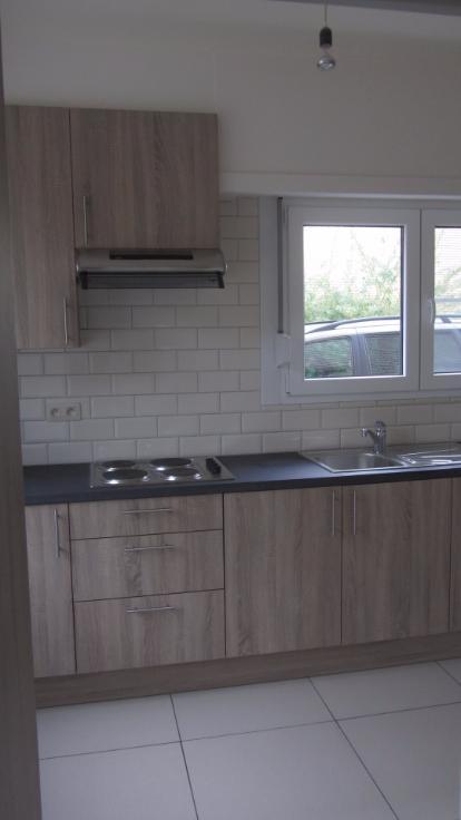 Appartement de 3façades à louerà Merksem auprix de 750€ - (6639768)