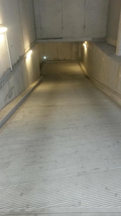 Emplacement intérieur tehuur te Etterbeekvoor 120 €- (6639912)
