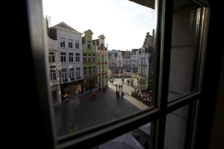 Appartement de 2façades à louerà Gand auprix de 1.100€ - (6641080)
