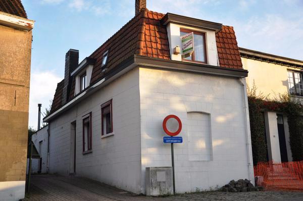 Duplex de 3façades à louerà Rhode-St-Genèse auprix de 850€ - (6641146)
