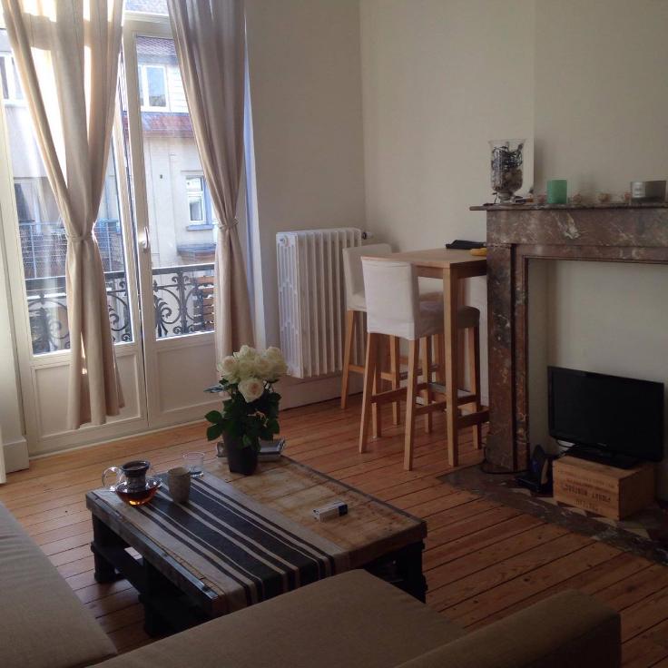 Appartement de 2façades à louerà Ixelles auprix de 800€ - (6642388)