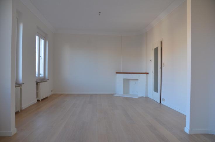 Appartement van 2gevels te huurte Uccle voor860 € -(6642551)