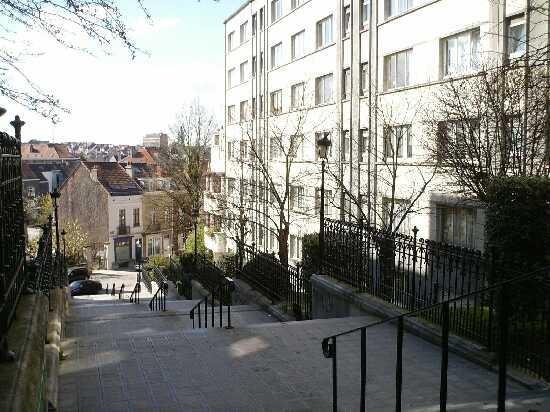 Appartement te huurte Etterbeek voor720 € -(6642617)