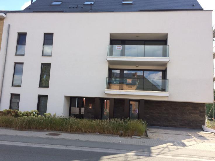 Appartement de 3façades à louerà Ninove auprix de 700€ - (6644004)