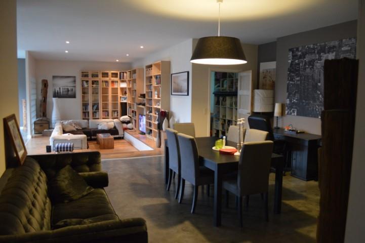 Immeuble industriel de2 façades àvendre à Rhode-Saint-Genèseau prix de1.100.000 € -(6644724)