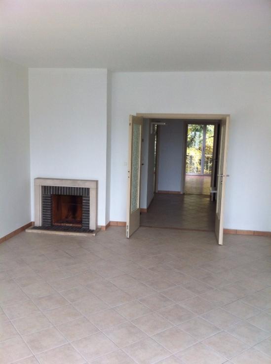 Appartement de 2façades à louerà Uccle auprix de 925€ - (6645831)