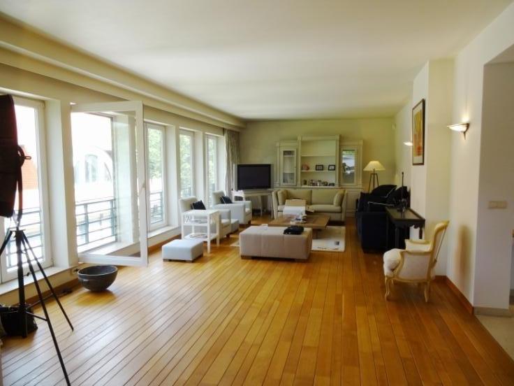 Duplex van 2gevels te huurte Woluwe-St-Pierre voor2.990 € -(6647055)